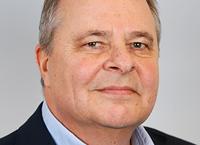 Dr. Peter Ester