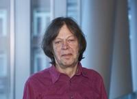 Dr. Amos van Gelderen